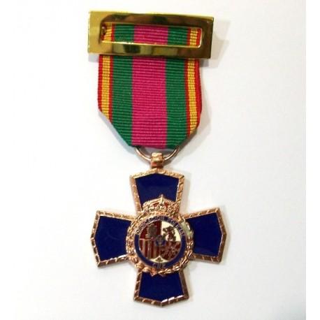Cruz dedicación Policial XX años